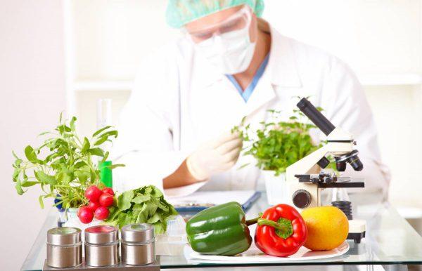 GMO – sveikatai palankios mitybos priešas. Kaip jo išvengti?