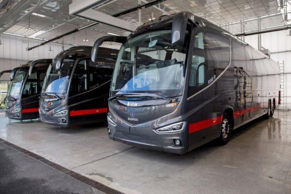 Šaltuoju metu laikotarpiu lietuviai vis dažniau kelionėms rinkosi autobusus