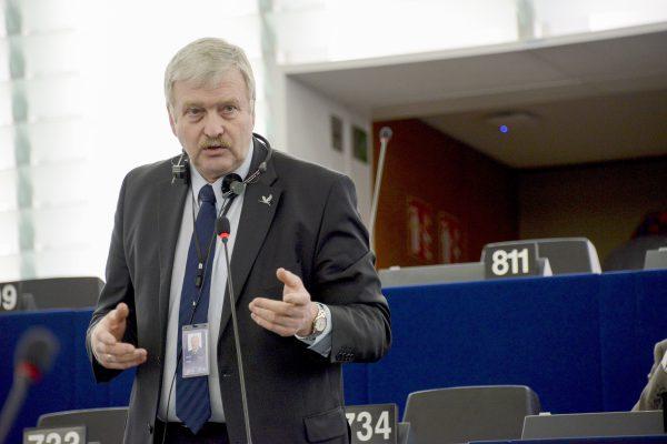 Lietuvos žemdirbiai atvyksta į Europos Parlamentą ginti savo teisių
