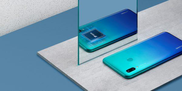 """""""Huawei"""" sukūrė Z kartos įkvėptą išmanųjį telefoną"""