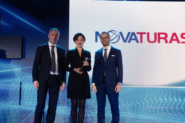 """""""Novaturas group"""" laimi specialų Varšuvos vertybinių popierių biržos apdovanojimą"""