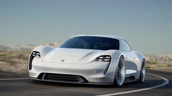 """Porsche"" Lietuvoje pernai pardavė daugiau nei 70 tūkst. AG"