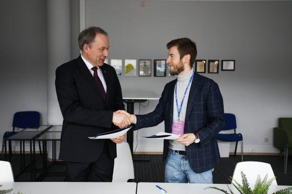 Lietuvos aviacijos rinka plečiasi: specialistus rengs naujai įkurta organizacija