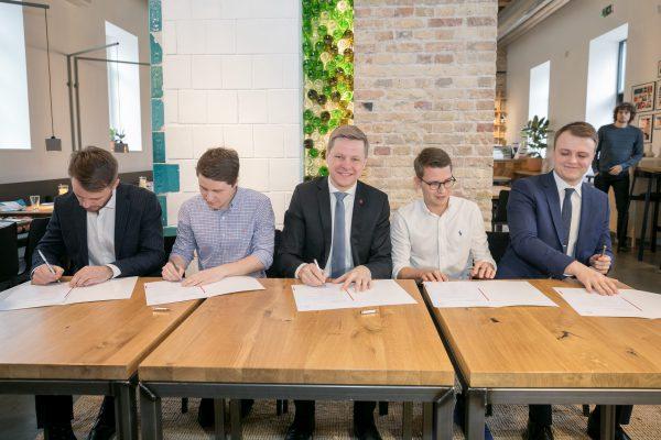 Vilniuje startuos elektrinių paspirtukų dalijimosi paslauga: ketinimus ją plėtoti paskelbė 5 įmonės