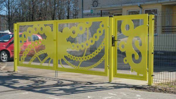 Alytaus darželiuose – naujos tvoros ir nuotaikingi vartai