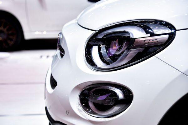 """Ženevoje pristatyti specialūs modeliai """"Fiat"""" 120-ajam gimtadieniui pažymėti"""