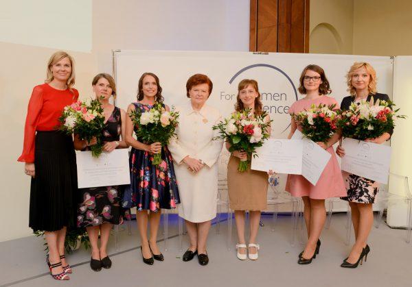 """Suskubkite: liko tik savaitė, kai galima pateikti paraišką """"L`ORÉAL Baltic"""" """"Mokslo moterims"""" programos stipendijai gauti"""