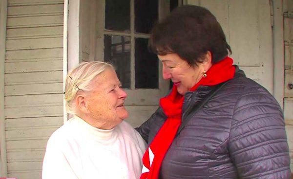 """Du žuvusius sūnus ir vyrą palaidojusi 90-metė Onutė: """"Skausmą malšinu malda ir prisiminimais"""""""
