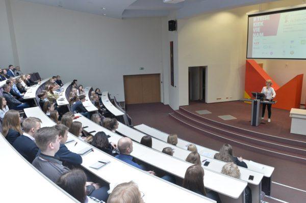 Mykolo Romerio universitete įvyko ketvirtosios teisės žinių olimpiados Lietuvos moksleiviams finalas