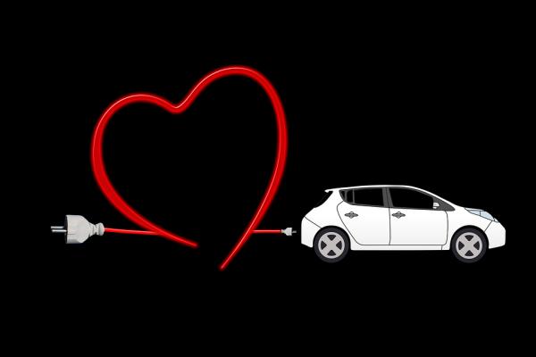 Elektromobilio įkrovimas namuose – kaip?