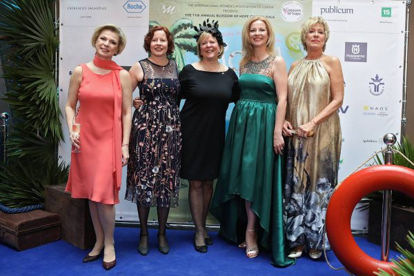 Iškilmingame labdaros renginyje – parama kovai su krūties vėžiu