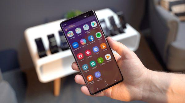 """Baltijos šalyse susidomėjimas """"Samsung Galaxy S10"""" – didžiulis"""