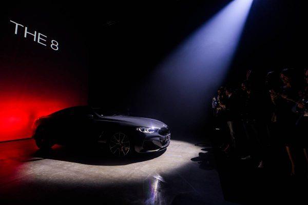Meno parodoje sostinėje pristatyti prabangiausi BMW automobiliai