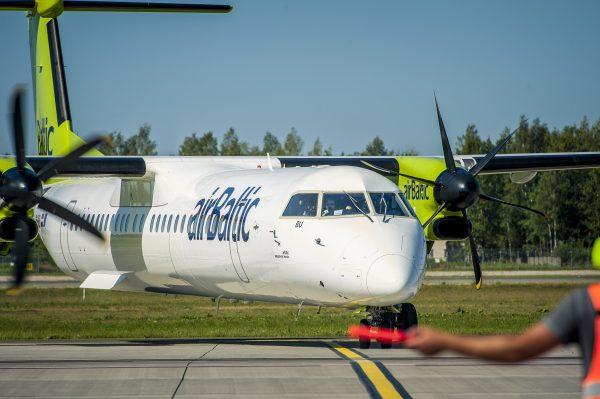 """""""airBaltic"""" žiemos metu vykdys du kasdienius skrydžius į Palangą"""