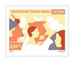 Išleidžiamas Tarptautinei šeimos dienai skirtas pašto ženklų blokas ir atvirlaiškiai