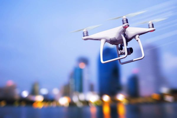 Dronai Lietuvoje: kaip užtikrinti skrydžių saugą