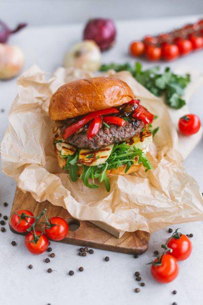 Mėsainių kultūra auga: trys netikėti ir madingi gatvės maisto receptai