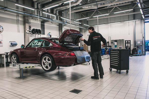 """""""Porsche Classic"""" ekspertai: juvelyrai, kuriems 99 procentai – nepakankamas tikslumas"""