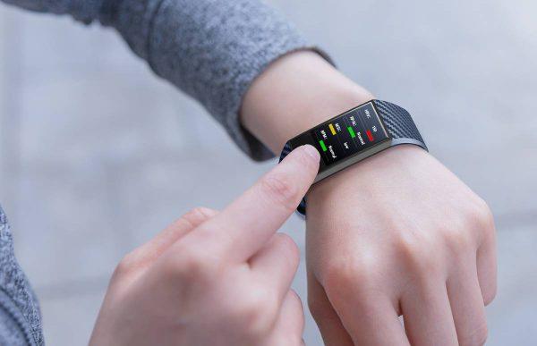Išmaniosios technologijos padeda sekti savo sveikatos būklę