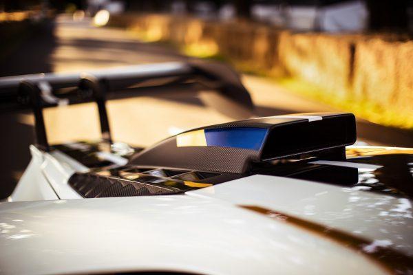 """Tik lenktynių trasai skirtas """"Ford GT Mk II"""" kainuos daugiau nei milijoną eurų (bet Jums nusipirkti nepavyks)"""