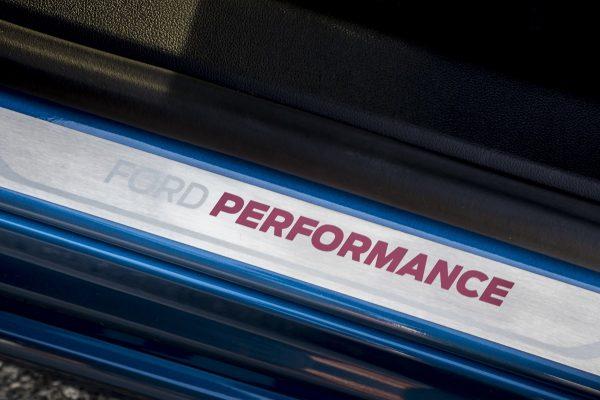 """Subalansuotas: naujasis """"Ford Focus ST"""" išplėtė """"karštojo hečbeko"""" sąvoką"""