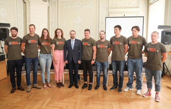 """Kultūros ministerijoje lankęsi ekspedicijos """"Misija Sibiras"""" dalyviai: turime labai daug istorijų, kurias norime papasakoti"""