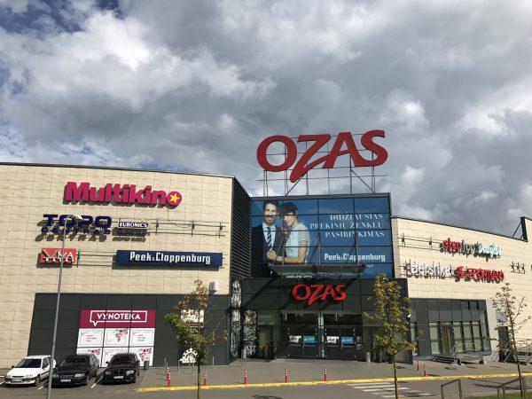 """Prekybos centro """"Ozas"""" lankytojų skaičius pirmą pusmetį išaugo 16 proc."""