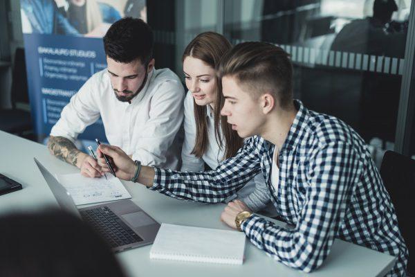 Darbo rinka: kokių gebėjimų turinčių specialistų ieško darbdaviai?