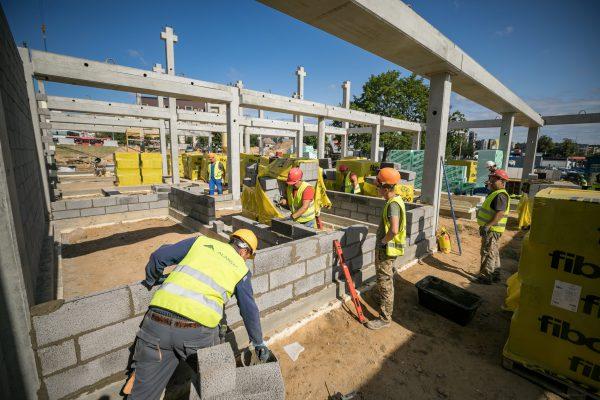 Pašilaičiuose sparčiai statoma mokykla – kitąmet Vilniuje iškils 3 naujos mokyklos