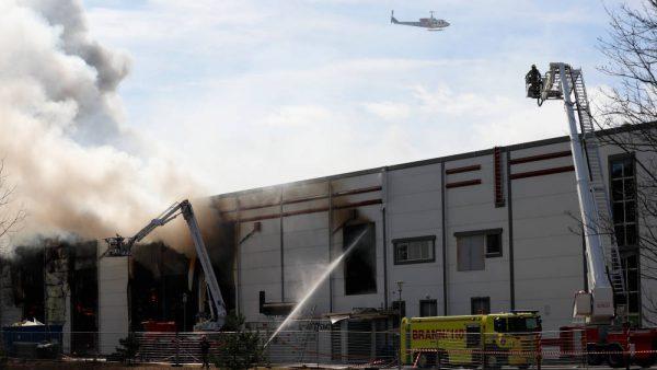 Saulės jėgainė ant stogo – didelė grėsmė kilus gaisrui?