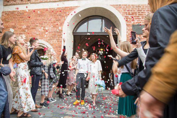Sostinėje susituokė jau 4 tūkst. porų: naujos erdvės, neįprasti svečiai ir naujos mados