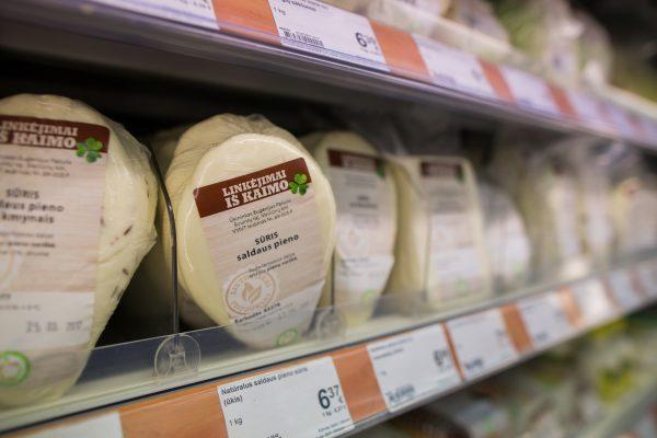 Lietuviško pieno upes ūkininkai paverčia unikalių skonių sūriais