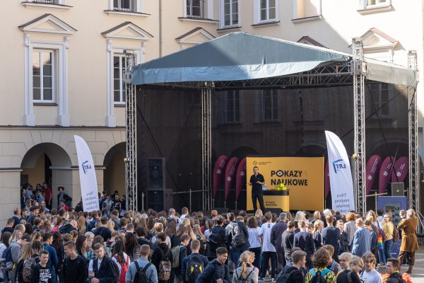 Koperniko mokslo centro šou Vilniaus universitete skelbė mokslo festivalio pradžią