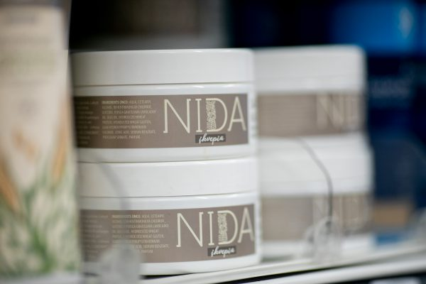 Gamindami kosmetiką naudoja žaliąją energiją