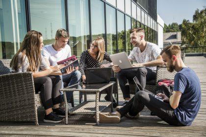 VDU šuolis pasauliniame QS absolventų įsidarbinamumo reitinge