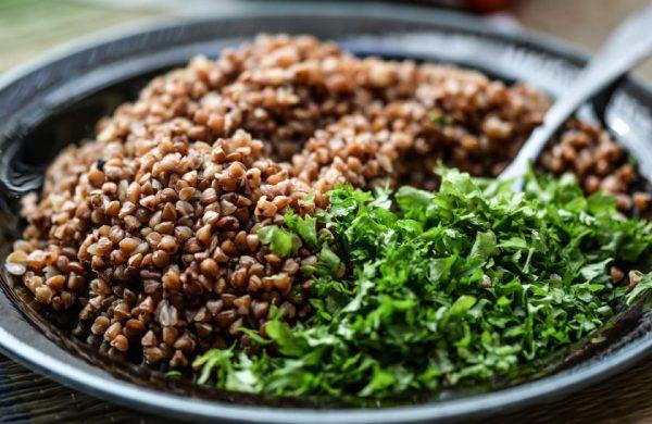 Pasaulinė košės diena: 3 sveikų košių receptai ir atsakymas, kokios kruopos šildo