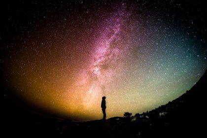 Ar žinote, kokios spalvos yra kosmosas?