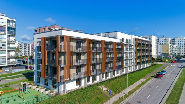 MERKO šiuo metu Lietuvoje stato 500 butų, pusė jų jau parduota