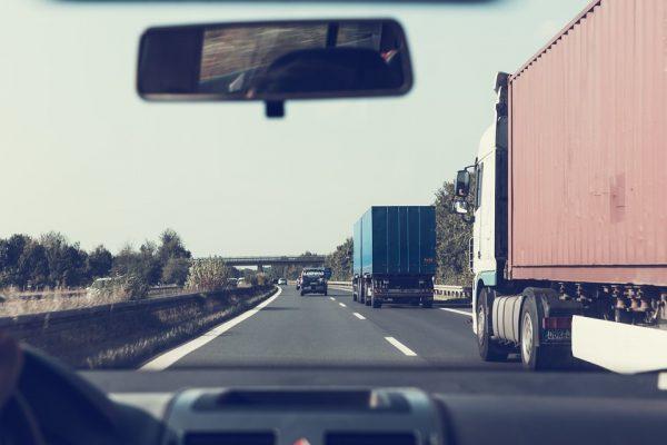 Krovinių pervežimas – paslauga, kurios gali prireikti kiekvienam iš mūsų