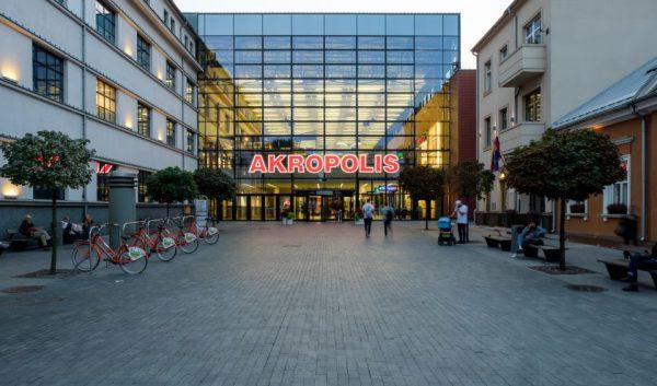 """Kauno """"Akropolyje"""" pradeda veikti restoranai ir kavinės"""