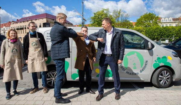 Tyrimas: lietuviai prikaupė maisto atsargų, kai skurstančių šalyje – sparčiai daugėja