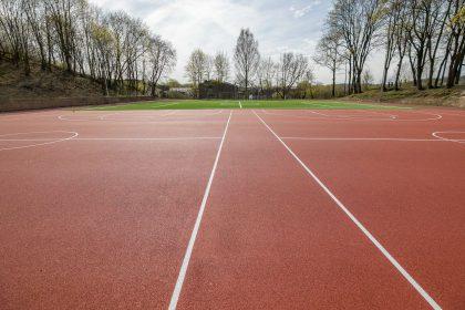 Sostinėje bus moderniai rekonstruotas Mykolo Biržiškos gimnazijos sporto aikštynas