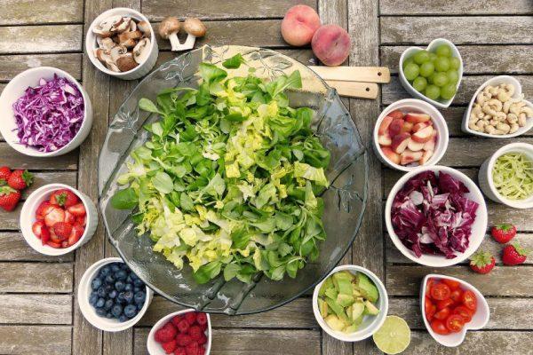 Mityba prieš vasarą: paprastos taisyklės ir receptai