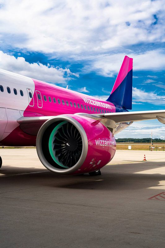 """""""Wizz Air"""" oro laivyną papildė pirmasis """"Airbus A320neo"""" orlaivis"""