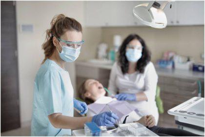 Ieškome geriausios odontologijos klinikos: 7 kriterijai vertinimui
