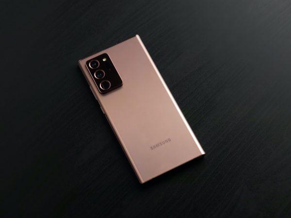 """Naujieji """"Samsung Galaxy Note20"""" jau Lietuvoje: išankstiniai pardavimai nenuvylė"""