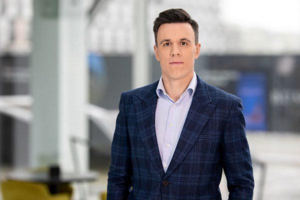 """""""Elektrum Lietuva"""" vadovas: elektra kaip automobilis – gamintojas kitas, infrastruktūra ta pati"""
