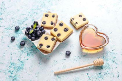 3 jogurtų rūšys – lengviems ir gaiviems desertams