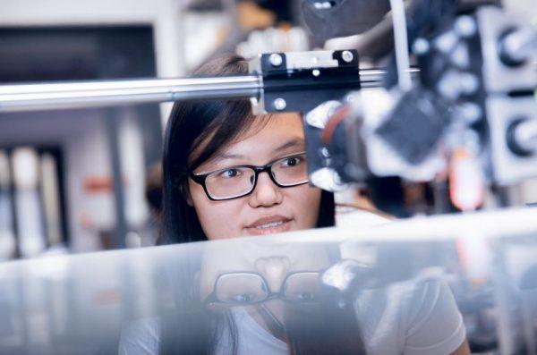 Meikerių akademija meta iššūkį COVID-19: kvies kurti produktus kovai su koronavirusu