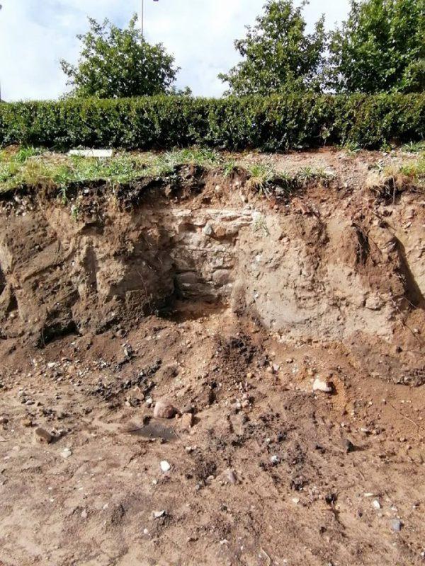 Neries krantinės atnaujinimo darbų grafiką pakoregavo archeologiniai radiniai